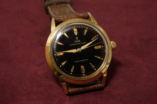 チュードル AIR-TIGER Ref-7957 Honeycomb/Gilt Dial Near Mint-condition!(RO-42/1960年)の詳細写真4枚目