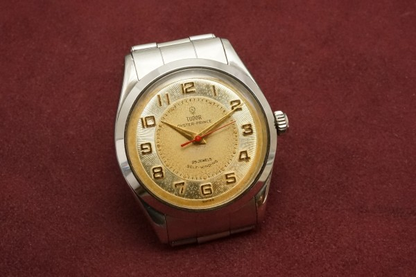 チュードル OYSTER PRINCE Ref-7965 Small Rose All Arabic Dial(RO-77/1959年)の詳細写真4枚目