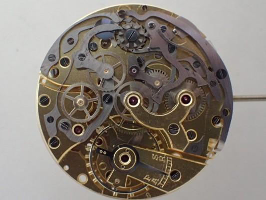 BERNA Cramshell クロノグラフ Black Gilt Snail Dial  Oversized 38mm(CH-01/1940s)の詳細写真15枚目