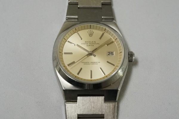 ロレックス Ref.1530 OYSTER PERPETUAL DATE 50th Anniversary(RO-07/1974年)の詳細写真5枚目
