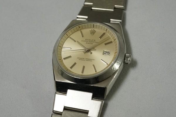 ロレックス Ref.1530 OYSTER PERPETUAL DATE 50th Anniversary(RO-07/1974年)の詳細写真6枚目