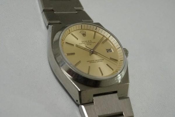 ロレックス Ref.1530 OYSTER PERPETUAL DATE 50th Anniversary(RO-07/1974年)の詳細写真7枚目