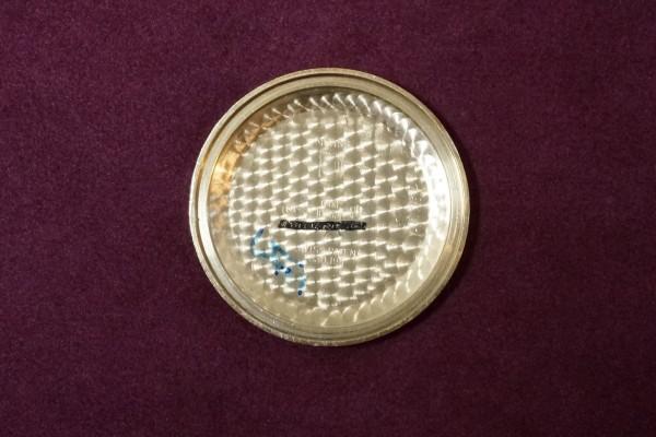 UNIVERSAL GENEVE TRI-COMPAX 330.194 14KYG(CH-01/1950s)の詳細写真10枚目