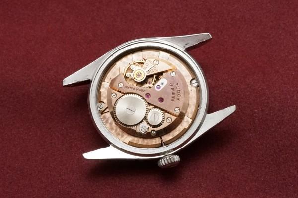 チュードル OYSTER DATE Ref-7919 Small Rose Bigsize Case(RO-42/1957年)の詳細写真10枚目