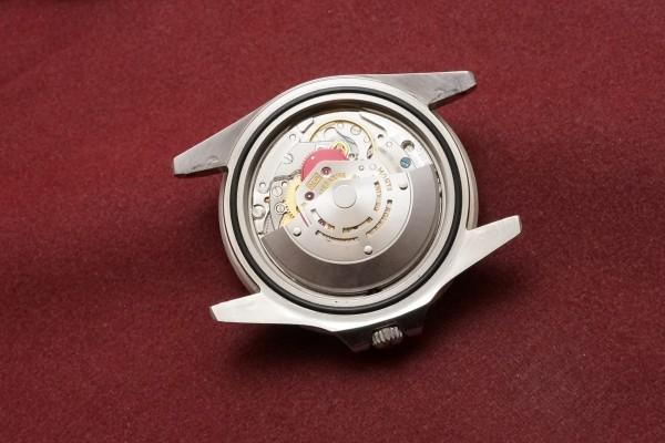 ロレックス GMTマスター Ref-1675 Gilt/Gloss Dial(RS-94/1966年)の詳細写真12枚目